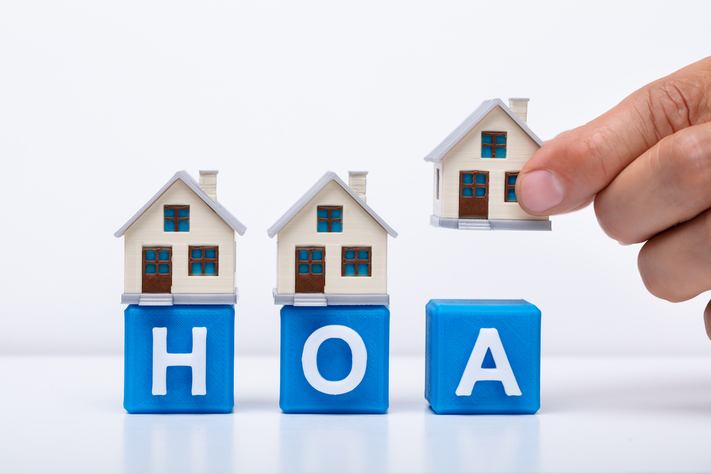 important considerations homeowners' associations
